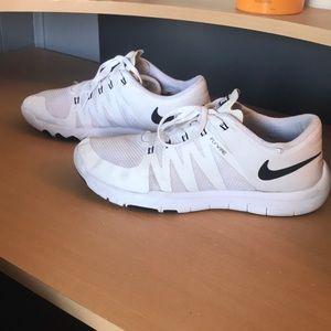 Men's Nike free run 5.0 all white